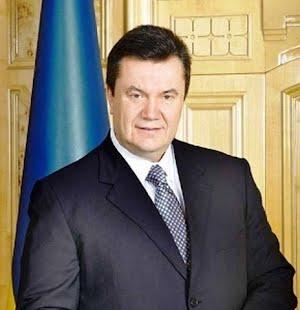 Президент принял участие в церемонии открытия памятника Защитникам границ Отчизны